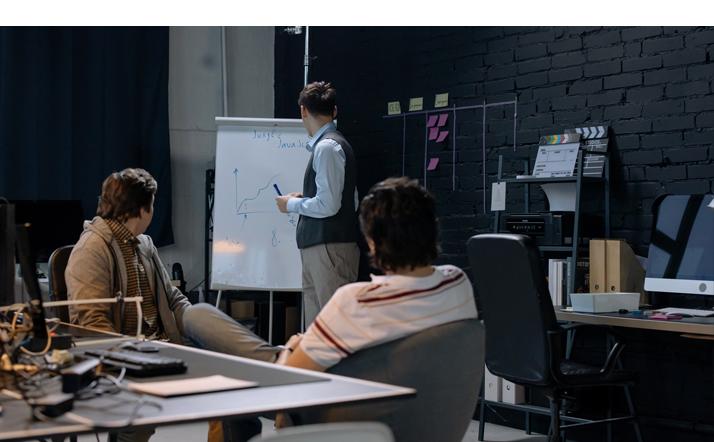 Uptime arendab septsiaaltarkvara, mis vastab ettevõtte nõudmistele.